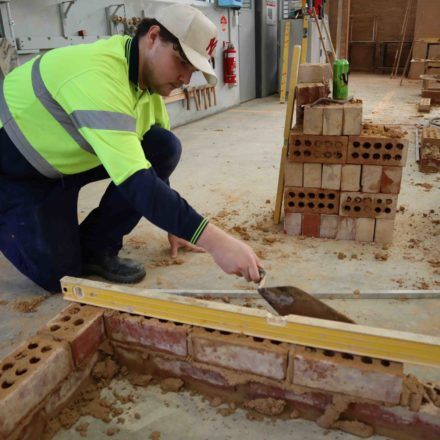 Building pathways to apprenticeship in Construction